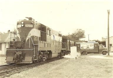 Seaboard Air Line passenger train at Grove Street Station.