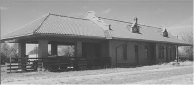 The Quanah station at Roaring Springs, TX